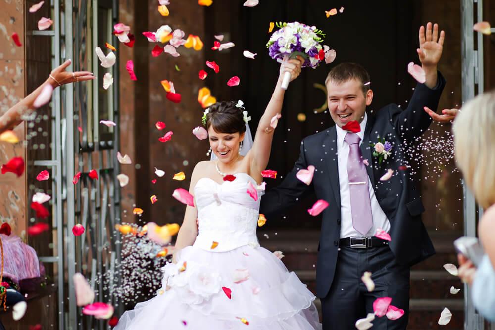 Montreal wedding bus rentals